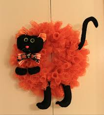 Mesh Halloween Wreath by Diy