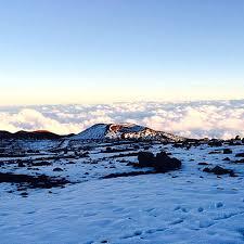 white christmas in hawaii rare blizzard hits mountaintops ny