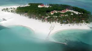 private island vacations in central america