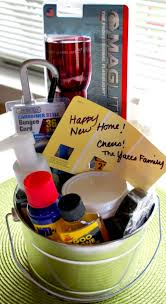 Good Housewarming Gifts Best 25 New Homeowner Gift Ideas On Pinterest Housewarming Gift