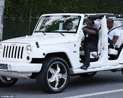 doorless jeep wrangler driving mr diddy hip hop goes for a ride in door less jeep