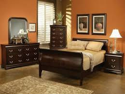 traditional bedroom designs master bedroom brown paint color