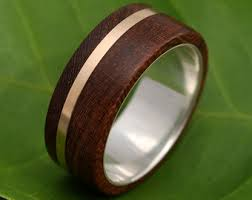 mens wood wedding bands mens wood wedding band solsticio oro nacascolo wood