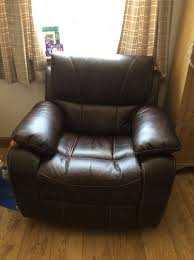 Armchair Recliners 2 X Electric Armchair Recliners Excellent Condition Still Within