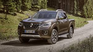 nissan navara 2017 sport 2017 renault alaskan lands in europe as a french flavored nissan
