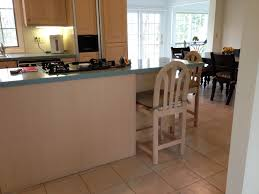 What Color Goes With Maple Cabinets by Pickled Oak Cabinets Counter Color Considering Quartz