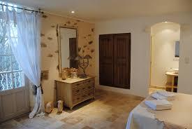 chambres d hotes luberon charme chambres d hôtes luberon des avettes