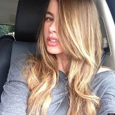modern family hairstyles sofia vergara s hair is blond modern family actress adds