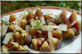 cuisiner les figues fraiches salade figues fraiches poivrée au parmesan cuisine avec vue