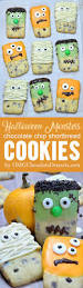 Decorate Halloween Cookies Best 25 Halloween Cookies Decorated Ideas On Pinterest