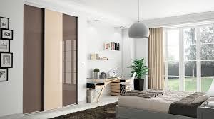 deco porte placard chambre délicieux deco entree de maison 14 dressing pour votre chambre