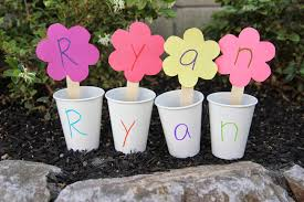 toddler approved 2 spring themed name recognition activities for