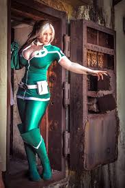 Rogue Halloween Costume Busty U0026 Curvy Rogue Cool Art Rogues Belle Cosplay