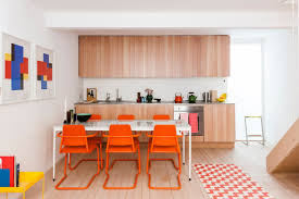 get ready for summer with these colorful dining room ideas