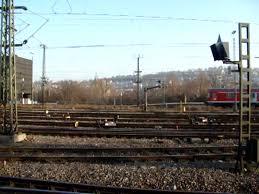 Bad Cannstadt Eine Regionalbahn Fährt Aus Den Bahnhof Stuttgart Hauptbahnhof