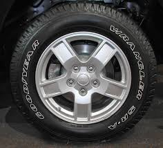 2000 jeep grand laredo tire size jeep grand wk wheels and tires