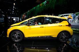 opel yellow opel ampera e u201c proveržis elektromobilių rinkoje vienu įkrovimu