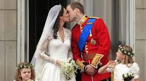 kate middleton wedding dress h m recreated kate middleton s dreamy wedding dress for rs 20 000