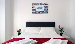free wifi tube 5 mins budget large studio apartment in zone 2
