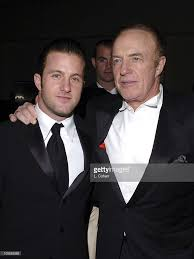 scott caan and james caan during oceans twelve los angeles premiere picture id105582563