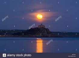 Pink Moon Penzance Cornwall Uk 11th April 2017 Uk Weather The April