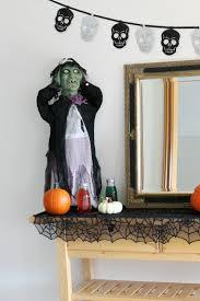 halloween costumes value village halloween costumes u0026 decor that won u0027t haunt the budget thriftortreat