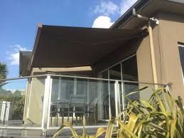 retractable awnings hobart
