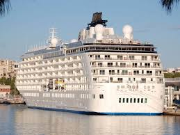 cruise ship the world the world passenger cruise ship details and current position