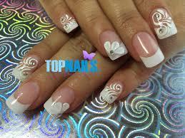 uñas acrílicas de novia con decorado 3d y swarovski acrylic nails