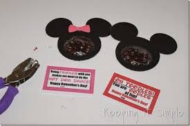 mickey mouse s day mickey mouse and minnie mouse valentines with free