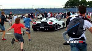 koenigsegg agera r 2017 white koenigsegg agera r arrives at supercar event people go crazy