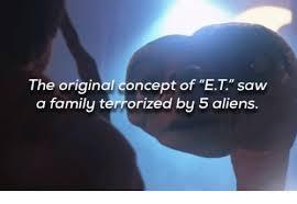 Aliens Meme Original - the original concept of et saw a family terrorized bu 5 aliens