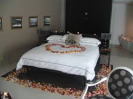 bedroom beautiful bed decoration with flowers for romantic