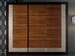 Door Design In Wood Solid Wood Wardrobes Archiproducts