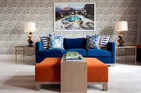 canap bleu roi decoration papier peint tendance motif géométrique nid abeilles