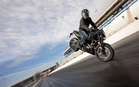24 stocks at moto wallpapers group