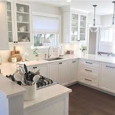 best quartz colors for white cabinets how to choose the right white quartz for kitchen countertops
