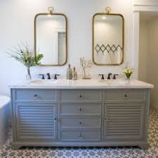 Photos Hgtv Bathrooms With Bronze Fixtures