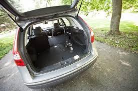 2010 hyundai elantra touring se 2011 hyundai elantra touring se editors notebook automobile
