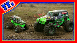 monster trucks you tube videos learn with monster trucks grave digger toy youtube