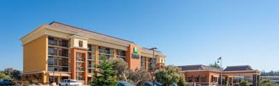 Comfort Inn By The Sea Monterey Holiday Inn Express At Monterey Bay Hotel By Ihg