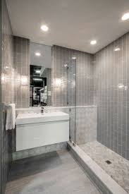 Subway Tile Designs For Bathrooms by Best 25 Glass Tile Bathroom Ideas Only On Pinterest Blue Glass