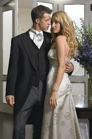 matin mariage un élégant costume gris personnalisé bridegrom matin de mariage