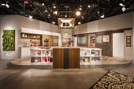 modele de cuisine en bois cuisine studio armoire de cuisine en bois de noyer clair et
