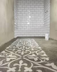 stencil no concreto pintura em cimento queimado stenciling