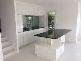cuisine blanche avec ilot central elégant cuisine blanc laque avec ilot chambre enfant cuisine blanche