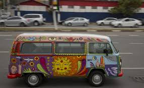 hippie van drawing volkswagen to end production of u201chippie u201d van toronto star