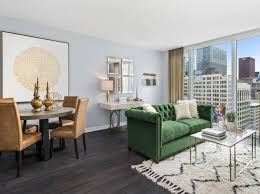 Three Bedroom Apartments In Chicago Apartments For Rent In The Loop Chicago Zillow