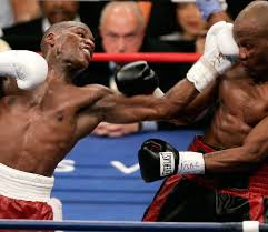 Best Resume In Boxing by The 12 Most Memorable Floyd Mayweather Fights