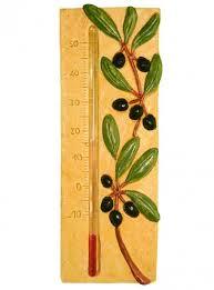 decoration provencale pour cuisine thermometre jaune avec decor provencal et olives